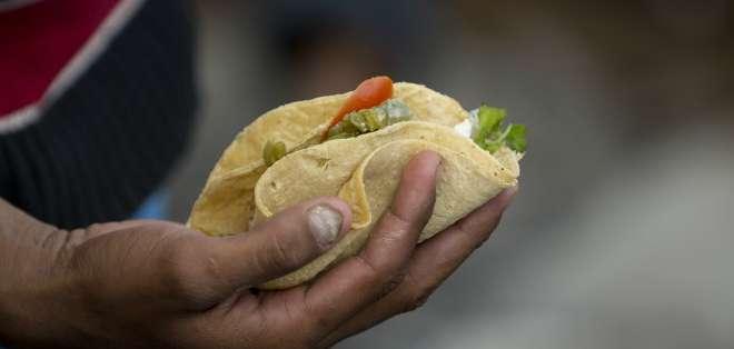 El platillo está ligado a la tortilla que era la base fundamental en la alimentación de los aztecas.