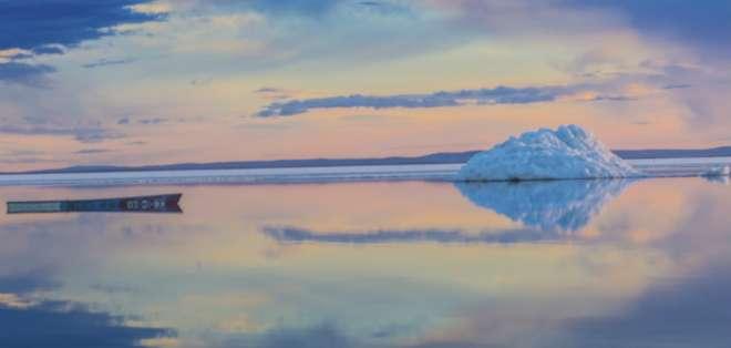 Siete países han reclamado partes de la Antártica y muchos más tienen una presencia alli ¿qué buscan en este desierto congelado?