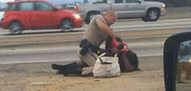Marlene Pinnock, de 51 años, fue brutalmente golpeada por un oficial de policía en California.