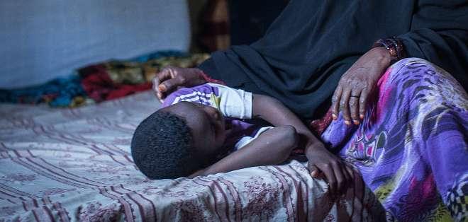 La mutilación genital femenina incluye cualquier procedimiento que altera o daña los órganos genitales femeninos por motivos no médicos.