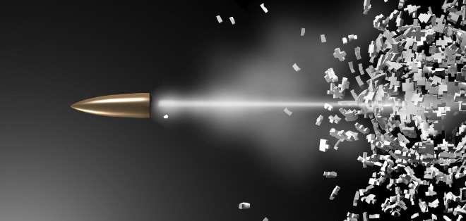 INTERNACIONAL.- Una bala, tras ser disparada, se detiene y cambia de dirección, todo en milésimas de segundo. Foto: BBCMundo.com