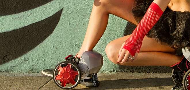 EE.UU.- Ya no son los novedosos accesorios de utilería de Batman o el Coyote, una compañía lo hace realidad. Foto: BBCMundo.com