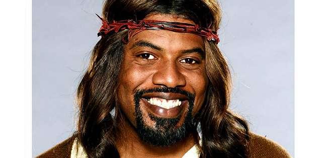 """Algunos consideran a la serie cómica """"Black Jesus"""" blasfema y piden que se retire."""