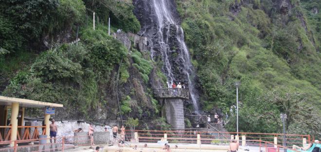 Deslave afectó a la localidad de Baños, provincia de Tungurahua.