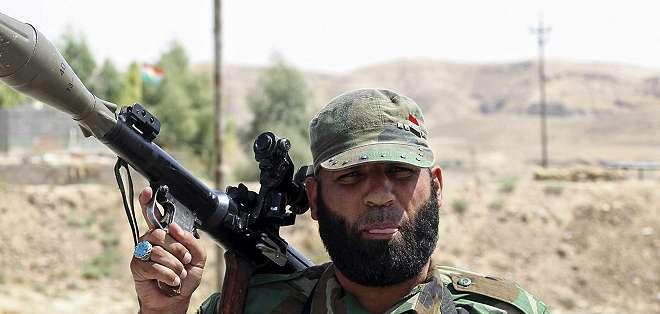 El combate a los militantes yihadistas de Estado Islámico (EI) en Irak puede estar poniendo a estos dos enemigos en un mismo bando.