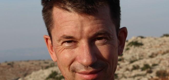 John Cantlie fue secuestrado en Siria en el 2012 cuando se desempeñaba como fotoreportero. Foto: AFP.
