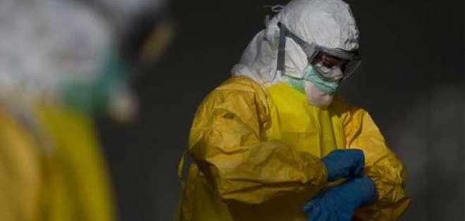 Para contraer la dolencia, fluidos corporales de una persona con el virus tienen que tocar las mucosas de alguien sano.