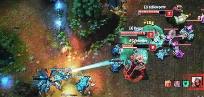 Los equipos que participan en el juego, creado por Riot Games, están conformados por cinco integrantes.