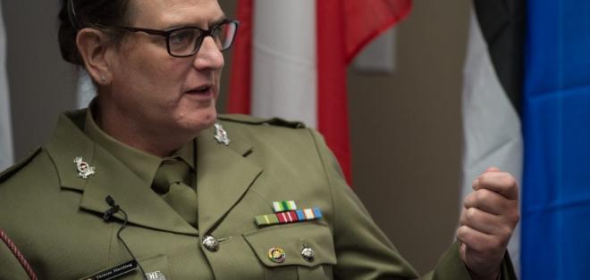 Donna Harding del Ejército australiano, habla durante una conferencia sin precendentes de militares transexuales en el mundo. Foto: AFP.