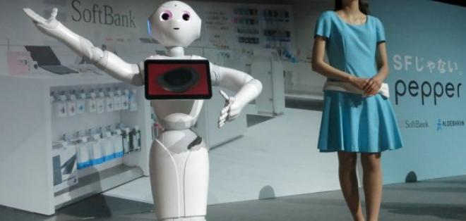 Los robots atenderán en las máquinas de café desde diciembre.