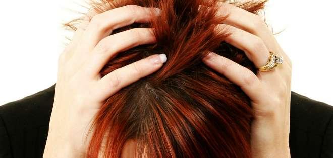 La gente que sufre de migrañas puede experimentar síntomas dramáticos.