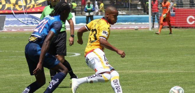 Esterilla anotó de cabeza el gol del triunfo. Foto: API.