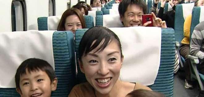 ¿Cómo es viajar en un tren a 500km/h?