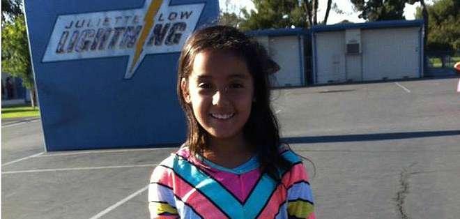 Ximena se encontraba jugando con sus dos hermanas frente a su casa cuando recibió un disparo mortal.
