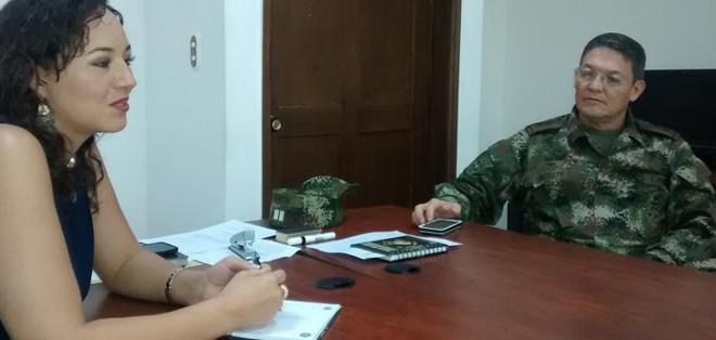 Las Fuerzas Armadas Revolucionarias de Colombia (FARC) liberaron hoy al general Rubén Darío Alzate.