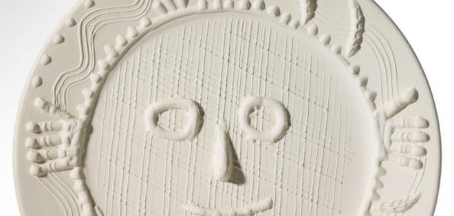 """La obra """"Visage aux Mains"""" fue robada el jueves en una galería de arte de Miami (EE.UU.)."""