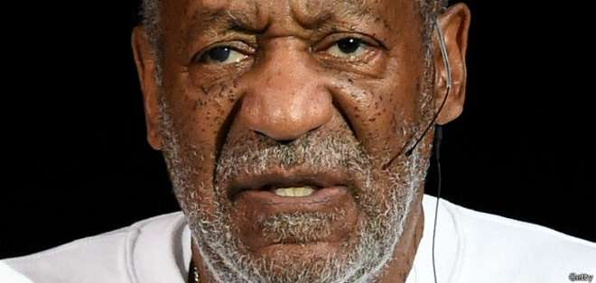 """La demandante detalla que Cosby le tomó la mano y llevó a cabo un acto sexual sobre sí mismo """"sin su consentimiento""""."""