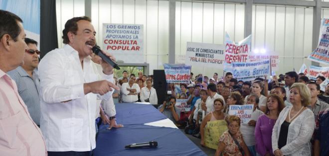 GUAYAQUIL, Ecuador.- Según el alcalde Jaime Nebot, el camino para la consulta no será fácil. Fotos: API