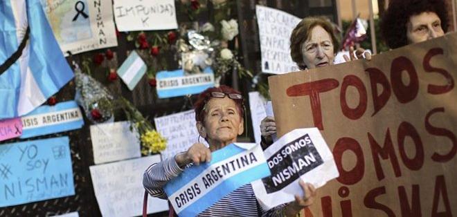 Los restos de Nisman fueron enterrados el jueves en el cementerio judío de La Tablada, a las afueras de Buenos Aires. Fotos: Archivo