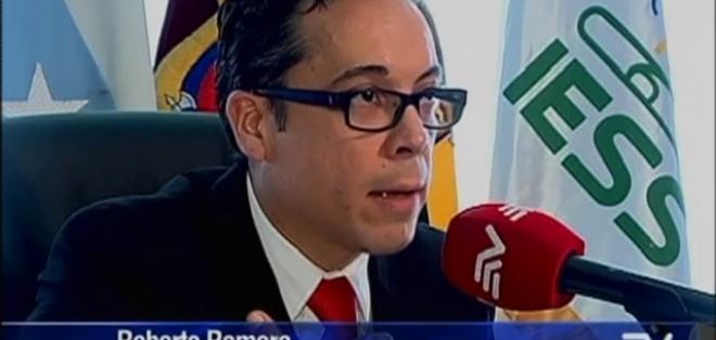 GUAYAQUIL.- El director regional del IESS no descarta la culminación de contratos con otras casas de salud.