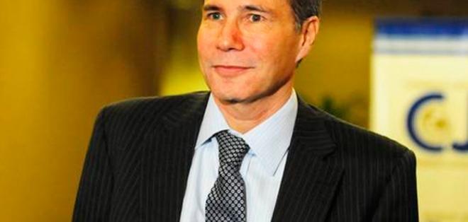 Alberto Nisman, fiscal especial de la causa sobre el atentado contra la mutua judía AMIA, que dejó 85 muertos en 1994, murió de un disparo en la sien.