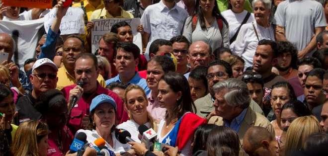 Preparan defensa de alcalde preso mientras chavismo busca fortalecerse