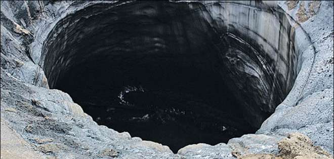 """RUSIA.- Uno de los descubrimientos más interesantes es un cráter bautizado como """"B2"""", según un experto ruso. Fotos: The Siberian Times"""