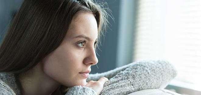 Las personas infelices piensan en su futuro con preocupación y miedo. Fotos. Archivo