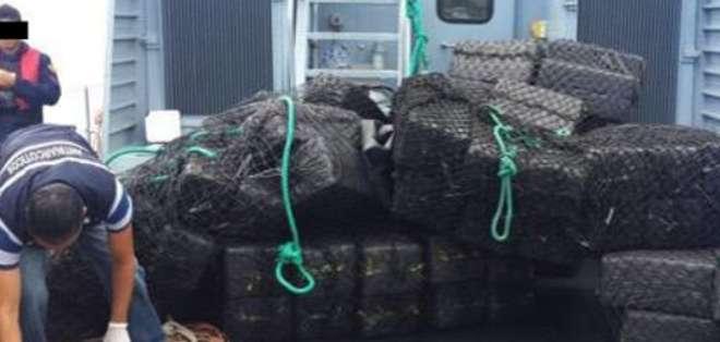 En el operativo denominado 'Marea Blanca', las autoridades se sorprendieron al encontrar entre el cargamento, artefactos de ubicación satelital. Foto: Ministerio del Interior.