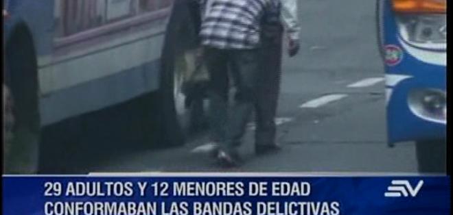 Apoyándose en fotografías y videos se logró reunir las pruebas suficientes para proceder a la detención de estos ciudadanos.
