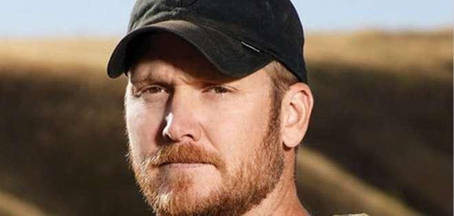 Kyle se dedicaba a ayudar a veteranos de guerra que, como él, sufrían problemas mentales y con ese objetivo se llevó a Routh al campo de tiro donde perdió la vida.