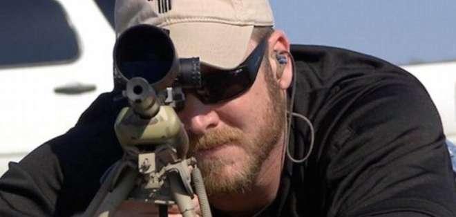 Kyle se dedicaba a ayudar a veteranos de guerra que, como él, sufrían problemas mentales y