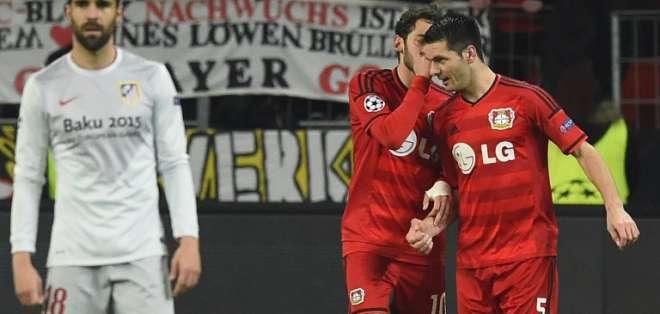 El Bayern Leverkusen anotó un solo gol pero le alcanzó para ganar. Foto: AFP.