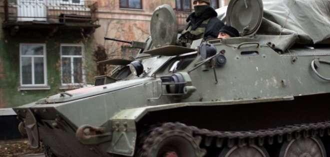 """UCRANIA. El país vive este miércoles una situación de calma relativa, y el ejército aseguraba que los disparos rebeldes se habían reducido de forma """"considerable"""". Fotos: Archivo"""