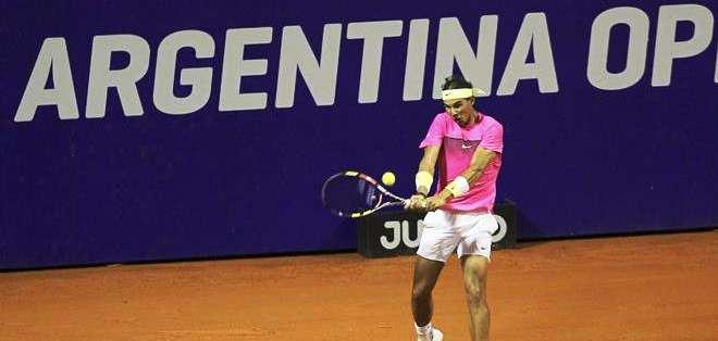 Rafael Nadal en su debut en el torneo de Buenos Aires (Foto: EFE)