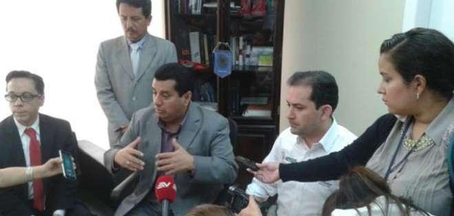 GUAYAQUIL.- La Fiscalía sostiene que más personas pordrían estar involucradas en una red de corrupción.  Fotos: Twitter: FiscalíaEcuador, IESSEc.