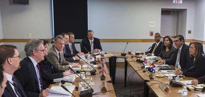 WASHINGTON, Estados Unidos. En esta ocasión, las delegaciones pretenden avanzar sobre esas propuestas para crear una hoja de ruta clara para el establecimiento de las embajadas. Fotos: EFE