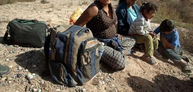 """Hoy la búsqueda de cientos de inmigrantes que fueron deportados tras firmar su """"salida"""". Foto:AFP."""