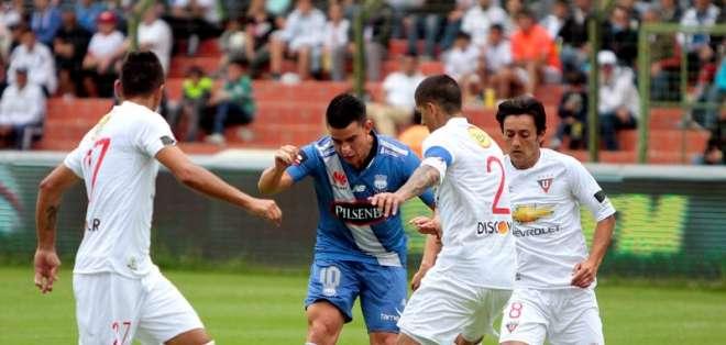 Liga de Quito logró vencer a Emelec y se tomó la punta. Foto: API.