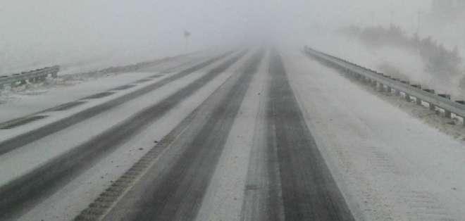 El temporal de nieve y hielo ha afectado en las últimas horas al norte de Texas y a Oklahoma.