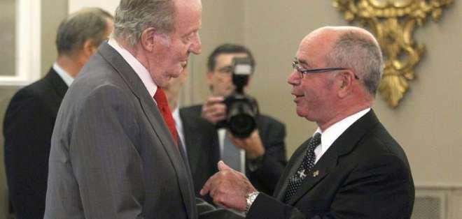 El rey Juan Carlos de España y Raúl Castro, fueron hoy los primeros líderes en llegar. Fotos: EFE.