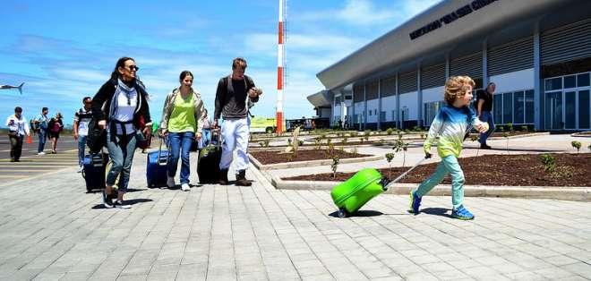 GALÁPAGOS.- El pago del valor de la Tarjeta de Control de Tránsito lo deben realizar turistas nacionales y extranjeros.