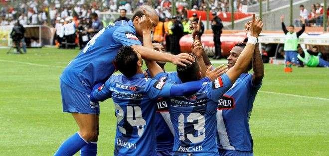 Emelec celebra un gol en el partido del fin de semana ante Liga de Quito por el torneo ecuatoriano (Foto: API)