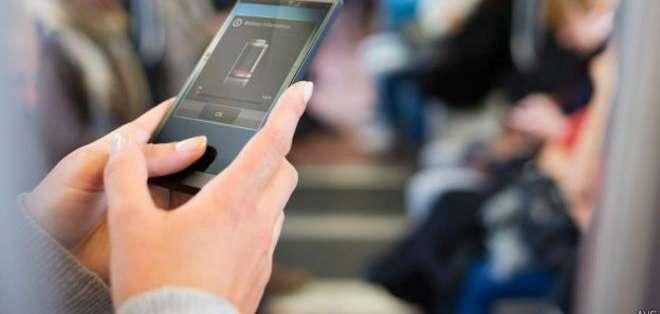 Diversas aplicaciones de Samsung son las que más batería consumen. La de Facebook también tiene una incidencia importante.