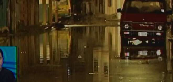 SALITRE, Ecuador. En ese cantón, el municipio ha colocado dos motobombas para que las aguas lluvias se descarguen más rápido en el río. Fotos: captura de pantalla