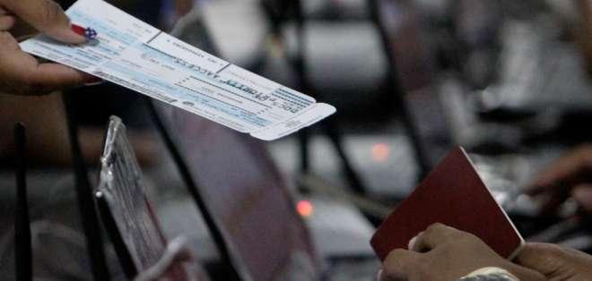 INTERNACIONAL.- Según el Ministerio de Turismo, su cobro servirá para fortalecer vías, aeropuertos, entre otros. Foto: Archivo