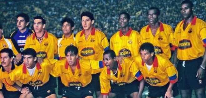 En 1998 Barcelona venció a Cerro Porteño en la Libertadores.