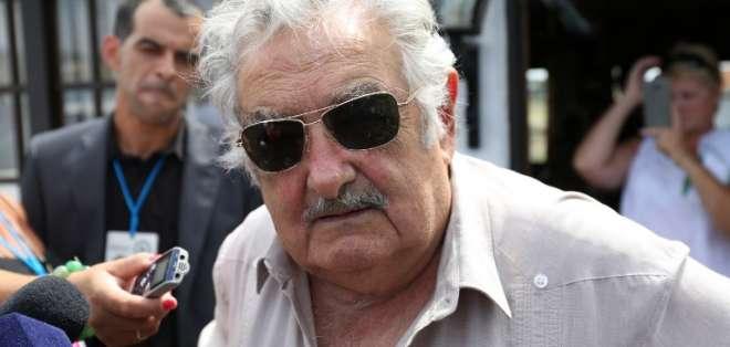 """Mujica: """"Soy senador del país. Si me llaman siempre voy a apoyar y tengo amigos por toda América"""". Foto: AFP"""