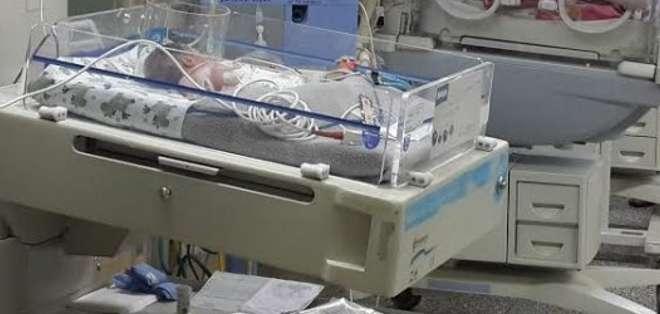 Foto de archivo.- Los pequeños necesitan muchos cuidados pues nacieron prematuramente, a las 32 semanas.