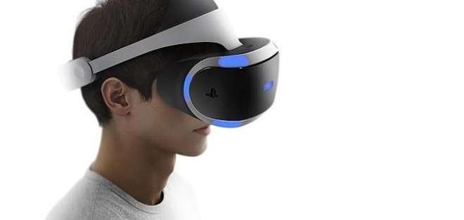 El casco engloba la totalidad del campo visual y permite una inmersión total.